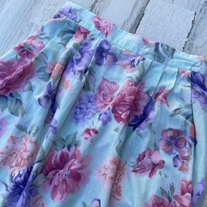Vintage 80s Highwaisted Floral Aline Skirt Pockets